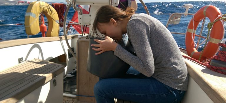Choroba morska. Co to jest i jak się jej ustrzec?